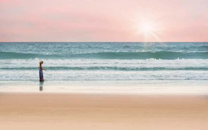 Vamos para a praia o que não pode faltar na mala