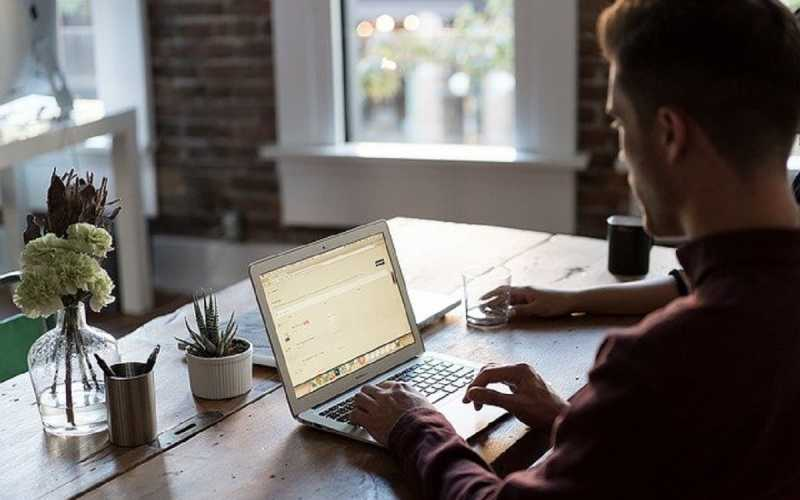 Qual a melhor internet para fazer home office